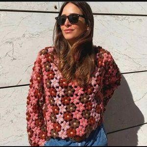 Zara pink crochet sweater floral design bloggers